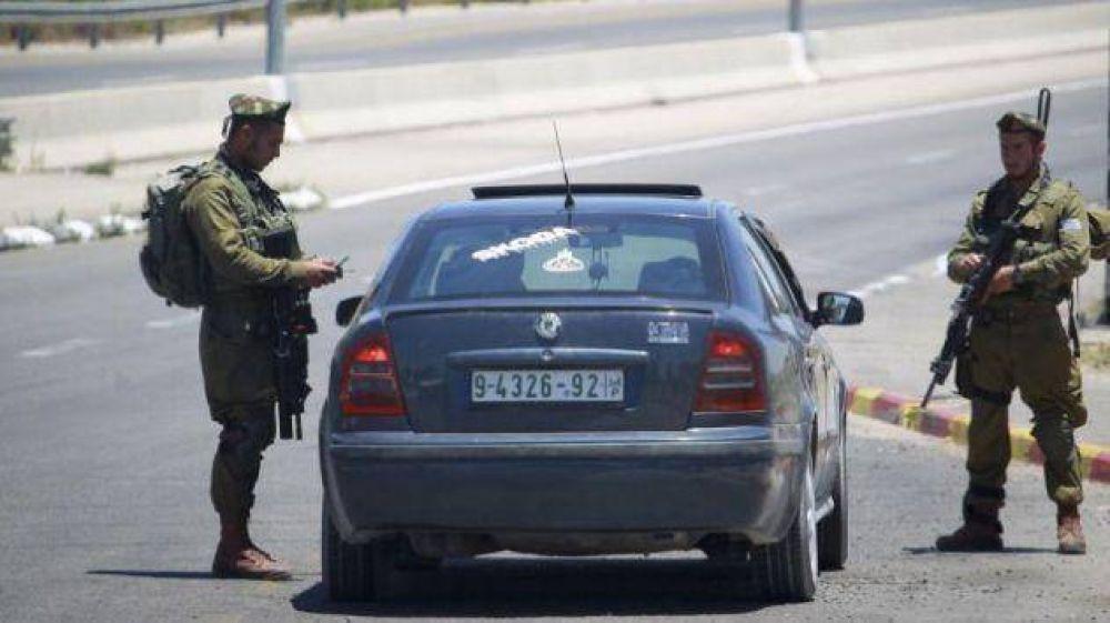 Israel dejará entrar autos palestinos al país por primera vez desde el 2000