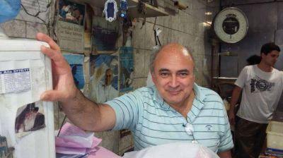 Argentina. En el tradicional barrio de Once hace 40 a�os conviven Pesaj y Pascuas en una pescader�a que se gan� la confianza de la comunidad jud�a