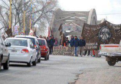 Ceramistas cortarán los puentes en Neuquén y Centenario