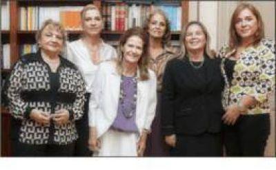La Dra. Highton recibió a la nueva comisión directiva de la Asociación de Mujeres Jueces de Argentina