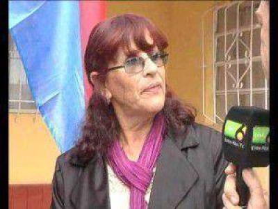 C. Ensayo: Torres habló sobre el jardín maternal próximo a inaugurarse