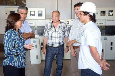 La gobernadora Corpacci recorrió la Subestación Transformadora Sur