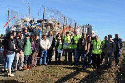 """Dos grandes camiones con residuos fue lo recolectado en la campaña """"Basura Cero"""""""
