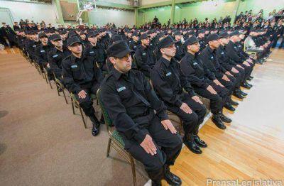 Egresaron 150 nuevos agentes de la policía provincial