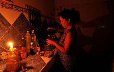 Varios sectores de Córdoba siguen sin energía tras la lluvia