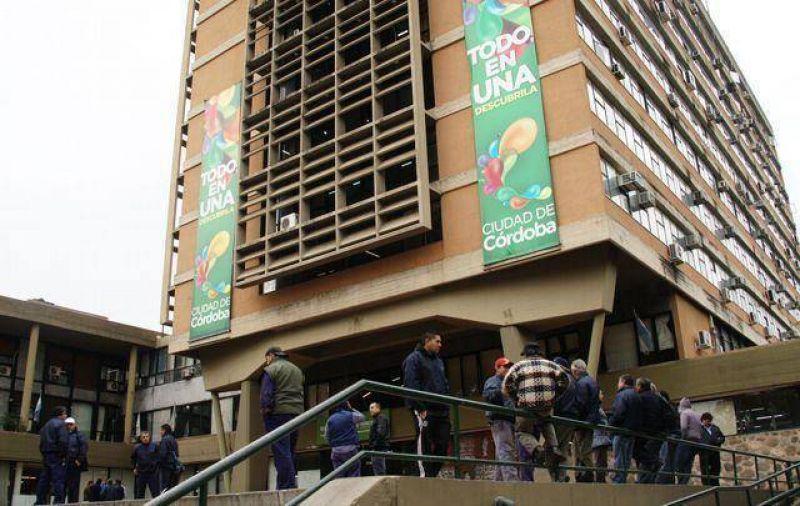 Municipales de C�rdoba acordaron un aumento en dos cuotas