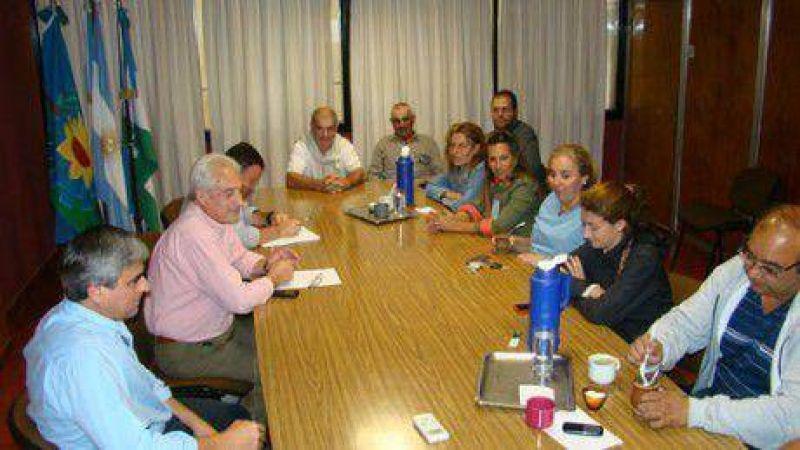 No llegan a un acuerdo los municipales con las autoridades de Salliqueló y continúan negociaciones