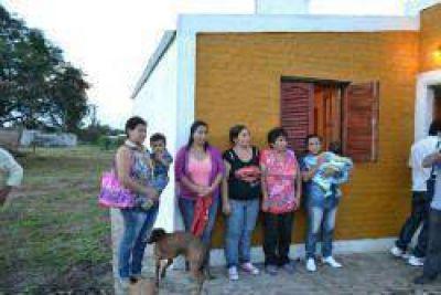 Habilitaron viviendas sociales en la localidad Fortín Inca