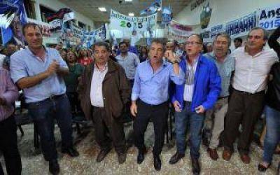 Elecciones 2015: Urribarri llegó al Conurbano en busca de aliados