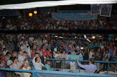 Bordet cumplió el desafío en Paraná y Bahl le respondió en Concordia