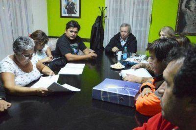 Peralta se reunió con vecinos autoconvocados de Caleta Olivia