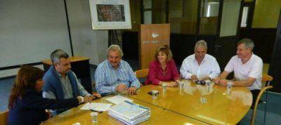 OSSE ampliará red cloacal en barrio Alto Camet