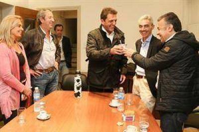 Mendoza vota en unas PASO con un fuerte impacto en la interna radical