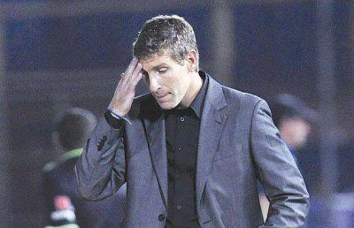El fútbol argentino potencia todo: 7 técnicos se fueron en 10 fechas
