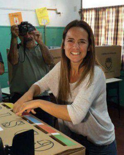En Rosario, la macrista Anita Martínez derrotó a la intendenta Fein