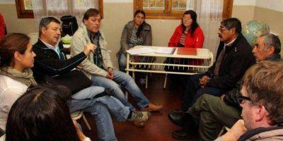 CASA ABIERTA: Garitano con vecinos de Cerro Centinela y Carrenleufú