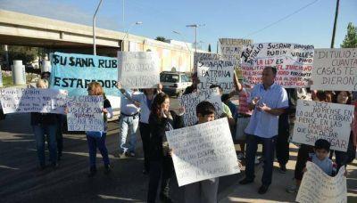 Familias de un loteo de barrio Los Boulevares temen más desalojos