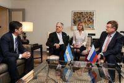 Argentina y Rusia firmaron un acuerdo para el intercambio científico-tecnológico en materia de Minería