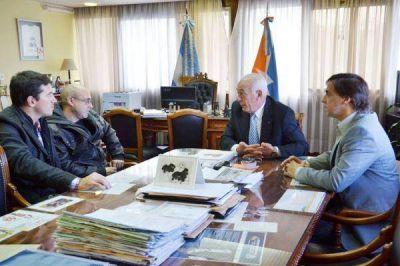 Gobierno colaborará en denuncia contra explotación petrolera en Malvinas
