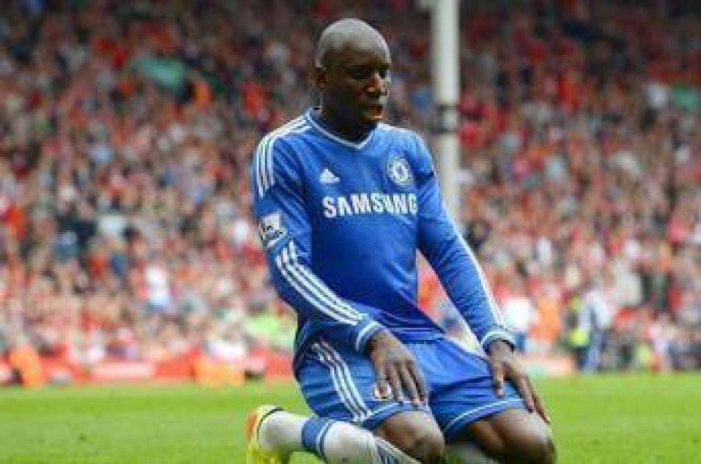 Jugador del Chelsea financia la construcción de una mezquita