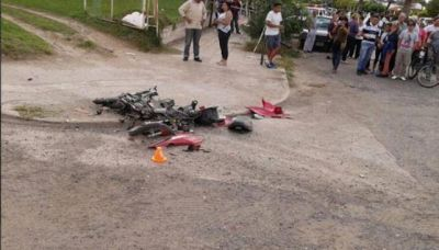 Motociclista muri� embestido en Holmberg y vecinos cortaron la ruta para protestar