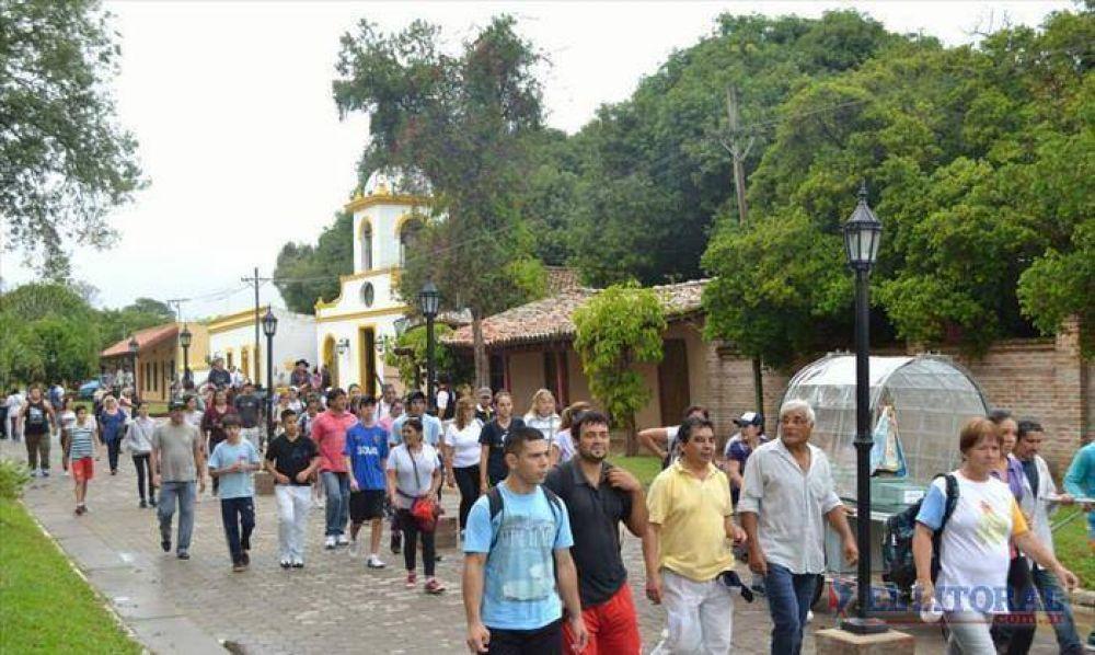 Como hace 115 años, Santa Ana, Paso de la Patria y San Cosme caminan hacia Itatí
