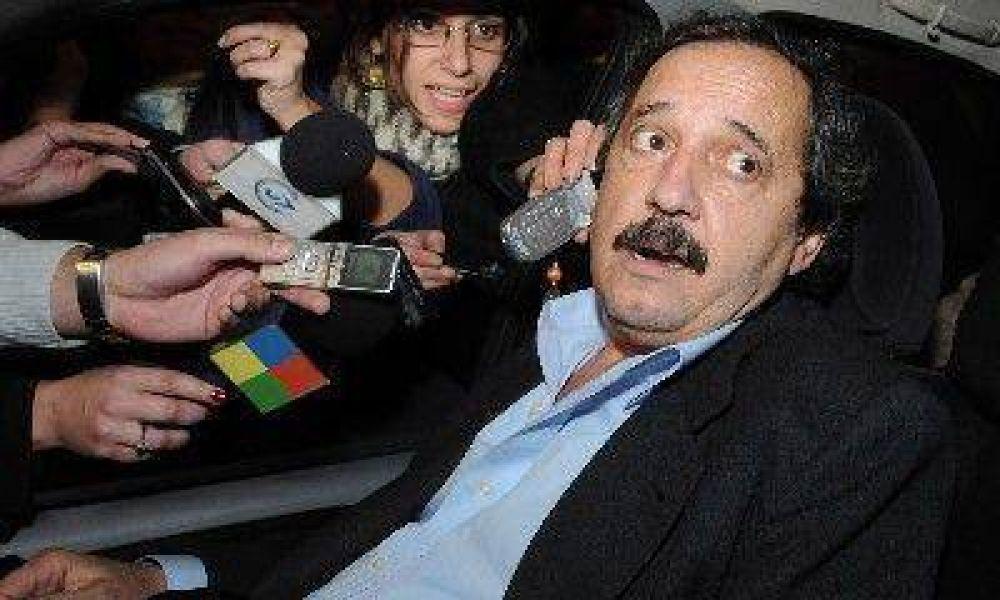 Alfonsín propone que el diputado que cambie de banca, como Borocotó, la pierda