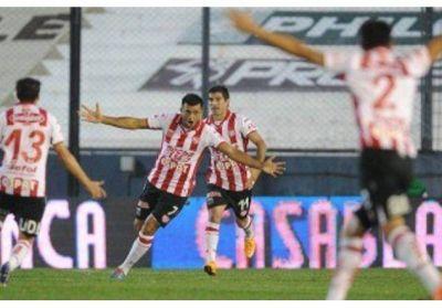 Unión noqueó a Quilmes y volvió al triunfo con la contundencia de su goleador