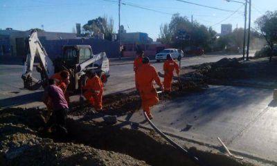 SPSE trabaja en el abastecimiento de agua a escuelas de Caleta Olivia
