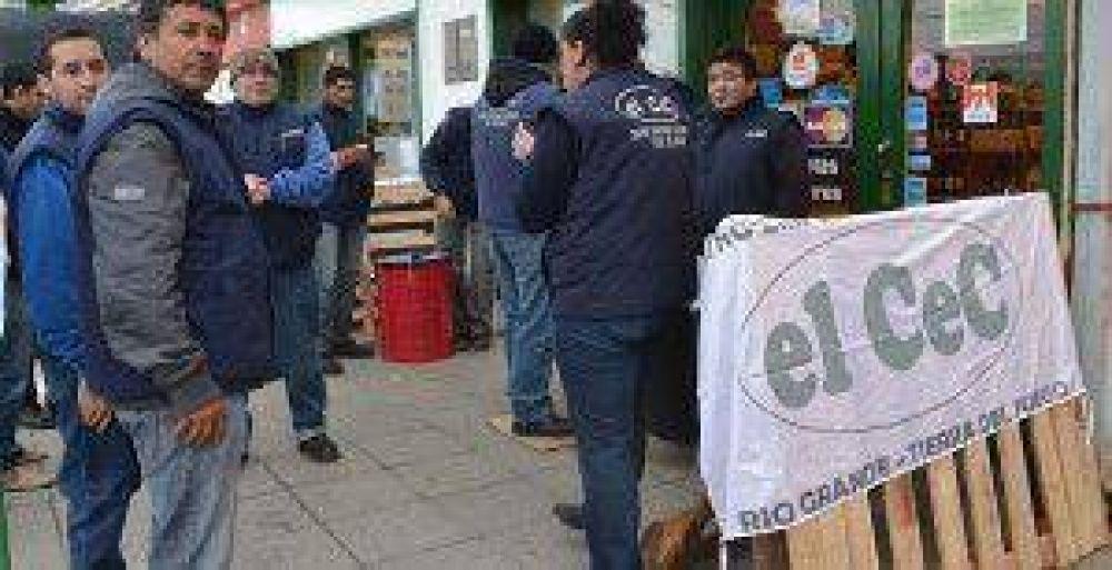 El gremio de Comercio advierte que hay un repunte de trabajo no registrado y subempleo