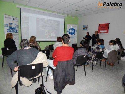 Contin�an las charlas de concientizaci�n sobre violencia familiar en escuelas de Patagones