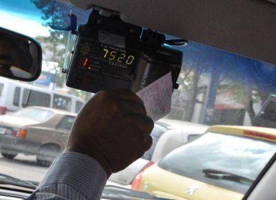 Una asociación de taxis pide aumentar la tarifa casi el 29%