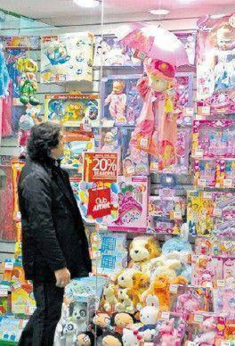 Ni Barbie se salvó de la guerra de Moreno a las importaciones