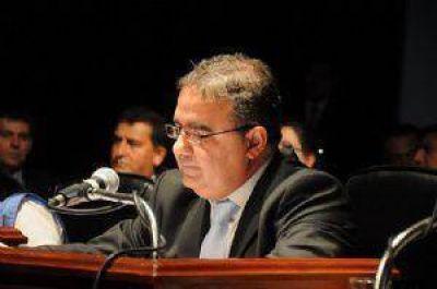 Jalil espera las PASO para decidir si adelanta la elección municipal