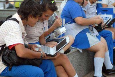 Entregarán 25 mil netbooks a estudiantes secundarios de Misiones