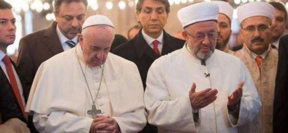 Vaticano afirma que el diálogo con los musulmanes es hoy más necesario que nunca