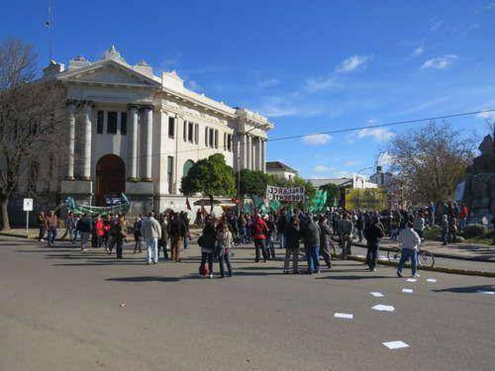 Municipales vuelven al paro y amenazan con una protesta por tiempo indeterminado