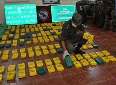 Secuestran 183 kilos de droga acopiada en J. V. González