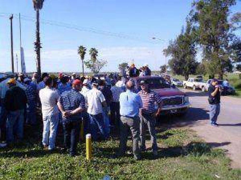 Sáenz Peña: Productores rurales cortaron la Ruta 95
