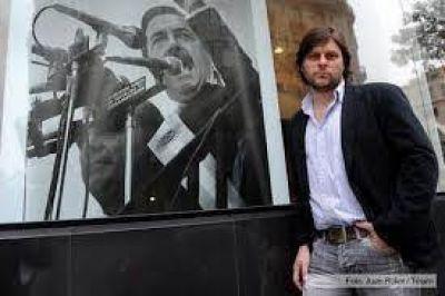 Santoro ¨nos sentimos mucho mas identificados con este proyecto que con estos tipos que le entregaron el radicalismo a la derecha¨