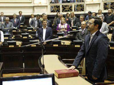 El marplatense Cristian Arroyo asumió como Diputado Provincial por el Frente para la Victoria
