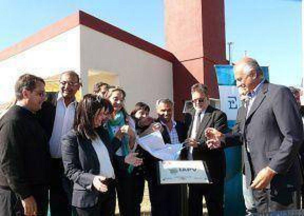 Acuerdo Paritario: Fueron entregadas las primeras viviendas para ...