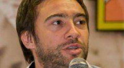Enrique Cresto y Mauro Urribarri respondieron a acusación sobre trata