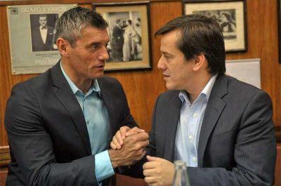 Recalde se reunió con referentes del deporte que reclamaron más presencia de la Ciudad en el área