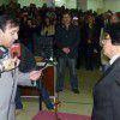 Lucio Santucho juró como nuevo concejal en Río Gallegos