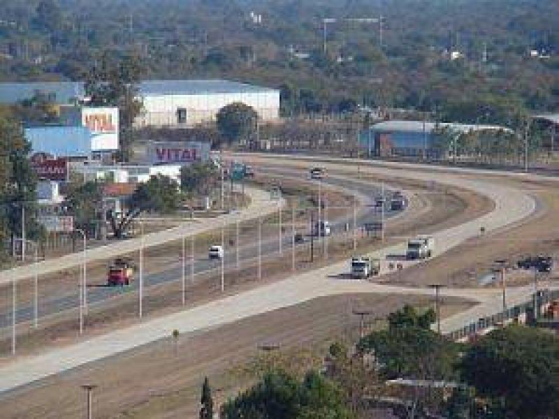 Autov�a Avellaneda: Vialidad Provincial apela a la responsabilidad de los conductores y detall� las obras