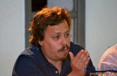 Artimiak propuso no aumentar los sueldos políticos y jerárquicos, pero el oficialismo se negó