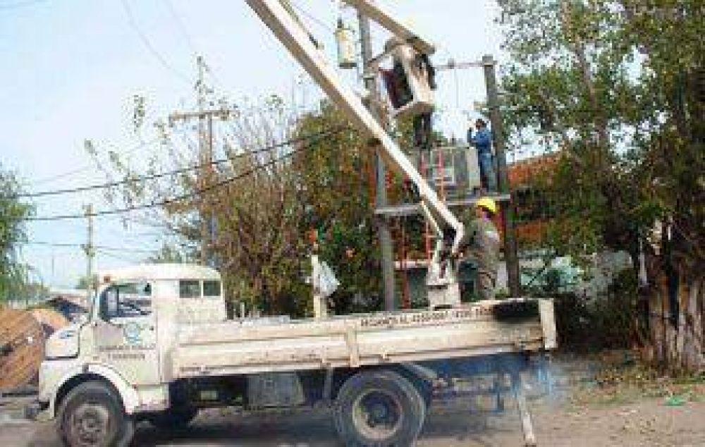 La Comuna colocó transformadores eléctricos