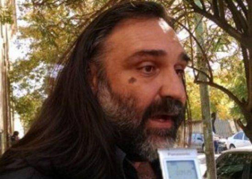 """Baradel en Olavarría: """"lo mejor es que el Frente Gremial siga unido"""""""