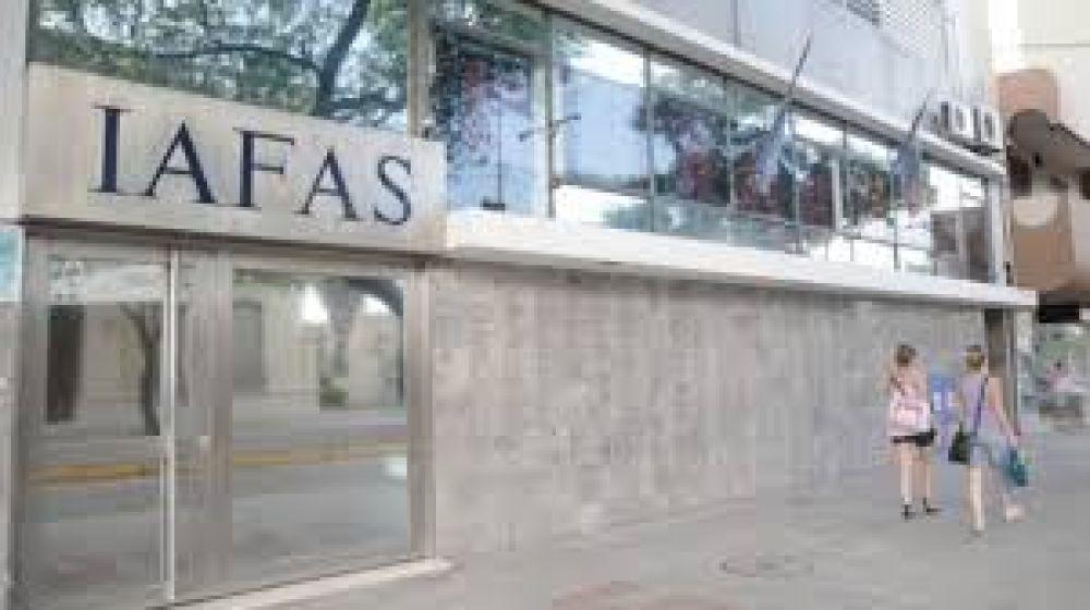 Delegados de ATE en eI Iafas volvieron a reclamar paritarias sectoriales